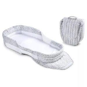 EUC -  Baby Delight Snuggle Nest